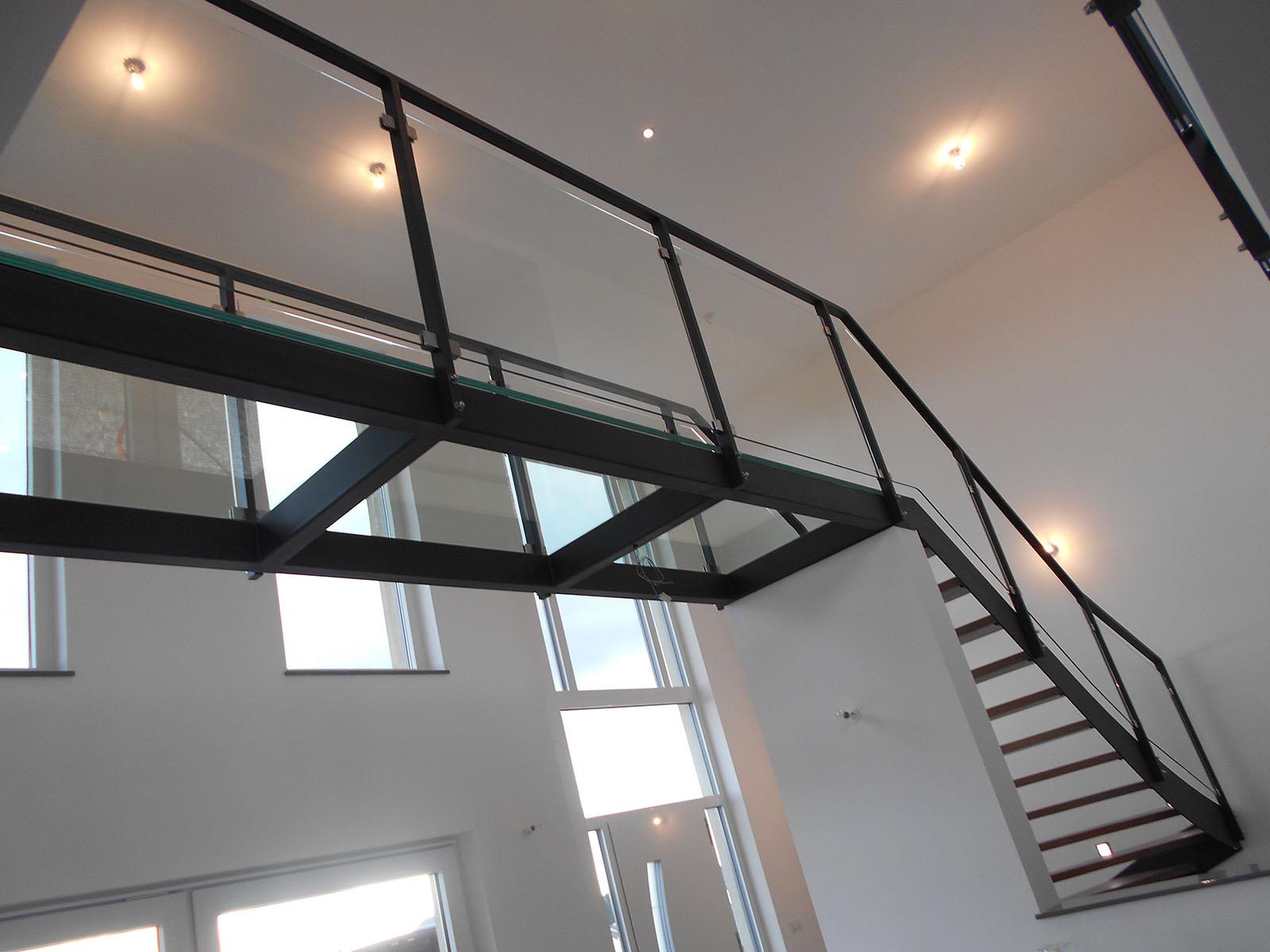 R alisation de planchers en verre de qualit en moselle for Ossature acier