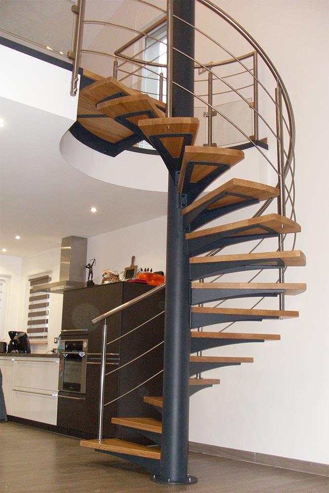 Sarreguemines Escalier Colimaçon Hélicoidal Design Et Moderne ...